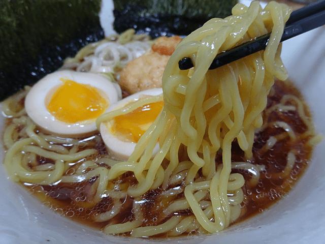 北の味わいガラ炊き醤油ラーメン(マルちゃん=東洋水産)