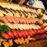 ホームパーティーで国産本マグロ中トロ、北海道ウニイクラ 横浜市出張寿司職人