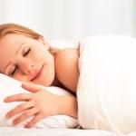 肌荒れ・ニキビができやすくなる食生活と睡眠習慣とは?