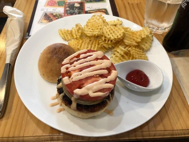 岩内町でハンバーガーを食べられるお店!ビーナッツカフェ(Bee NuTs Cafe)