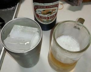 【キンキンに冷えたビール】  「タンブラー!」vs「冷凍庫冷やしたジョッキ!」  保冷効果検証!!