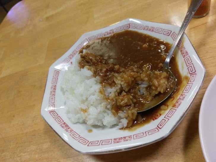 東鳴子温泉、食堂千両半カレーライス