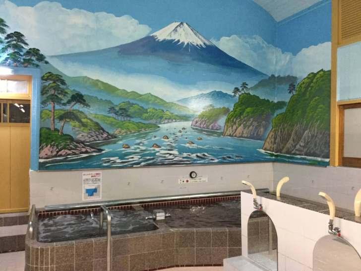 銭湯絵(ペンキ絵)の富士山