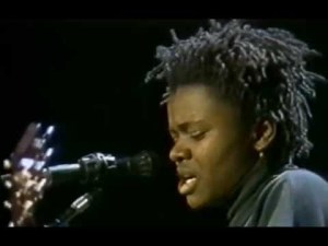 Tracy Chapman – Fast Car – 12/4/1988 – Oakland Coliseum Arena (Official)