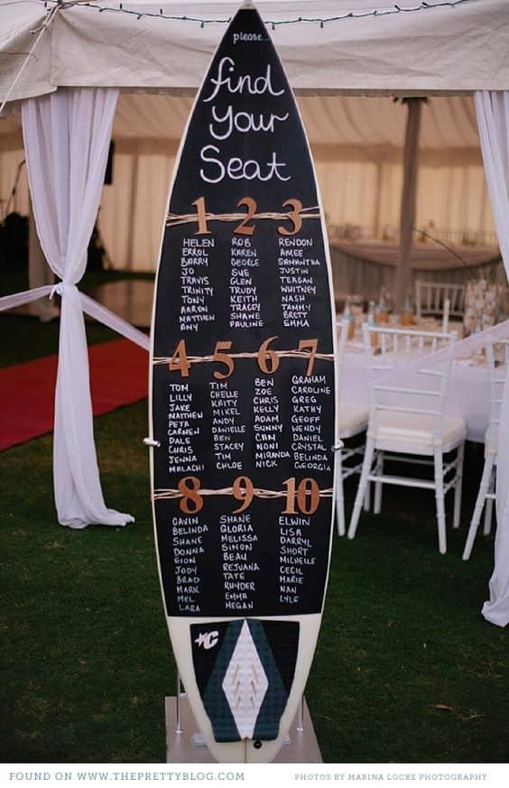 boda hawaiana. tabla de surf