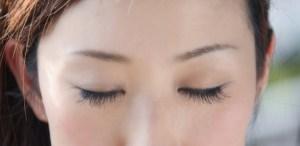 眉間にできやすいシミの種類