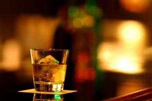 お酒,貧血,アルコール,めまい,飲み会,脳貧血