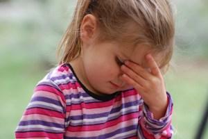 副鼻腔炎,蓄膿症,頭痛,子供,風邪,鼻