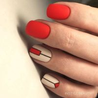 Unas Rojas Decoradas Disenos Con Colores Y Formas Elegantes