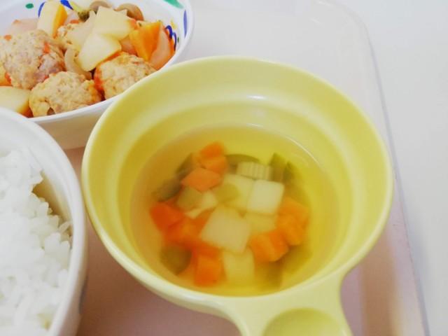 病院食のスープ