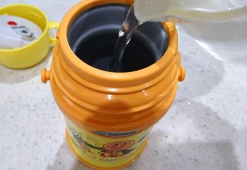ステンレス水筒 洗い方 重曹