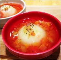 新玉ねぎ丸ごとトマトスープ