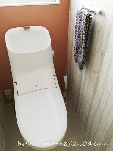 アクアセラミックトイレ リクシルアメージュZAの写真