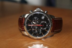 wristwatch-1766858_640