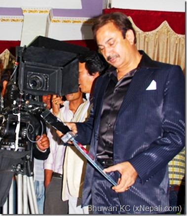 bhuwan_kc_beside_camera