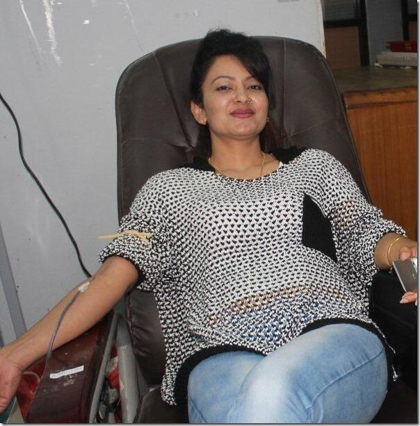 jharana thapa donate blood