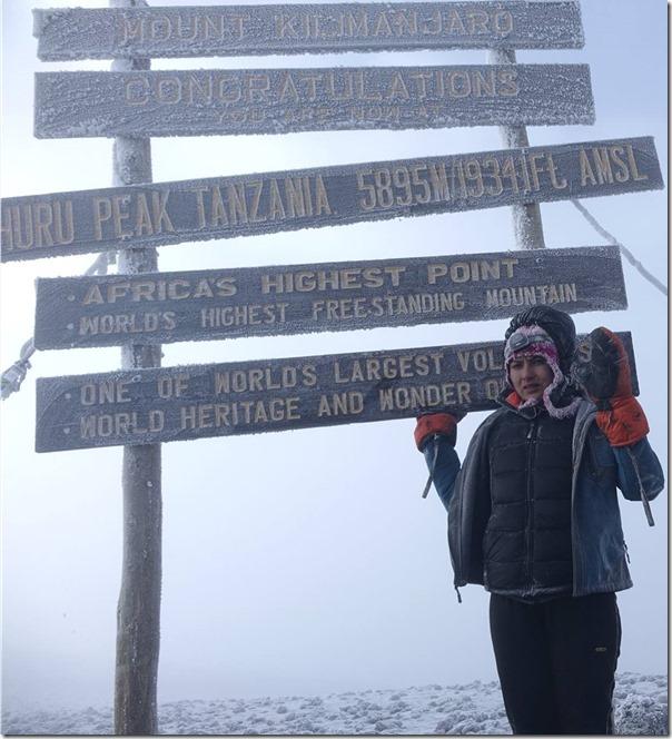 nisha adhikari mt. kilimanjaro peak2