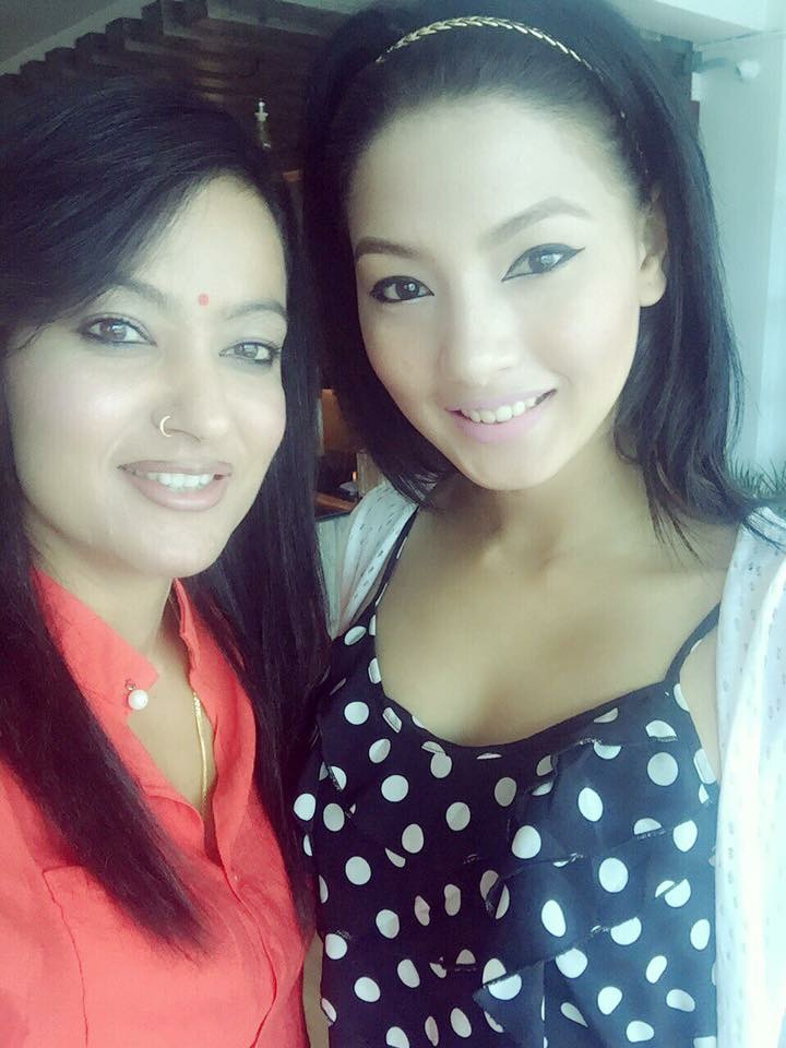 jharana thapa and samragyee rl shah posing after agreement