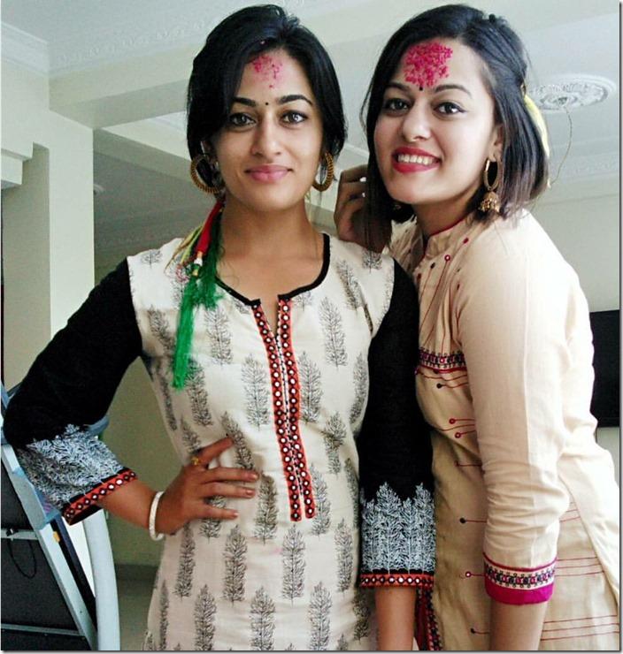 surakshya pant and her sister Dashain 2016
