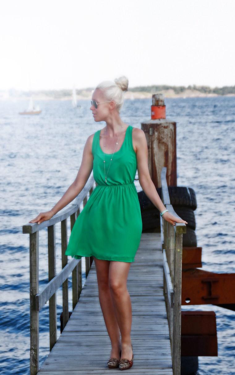 green dress4_edited-2