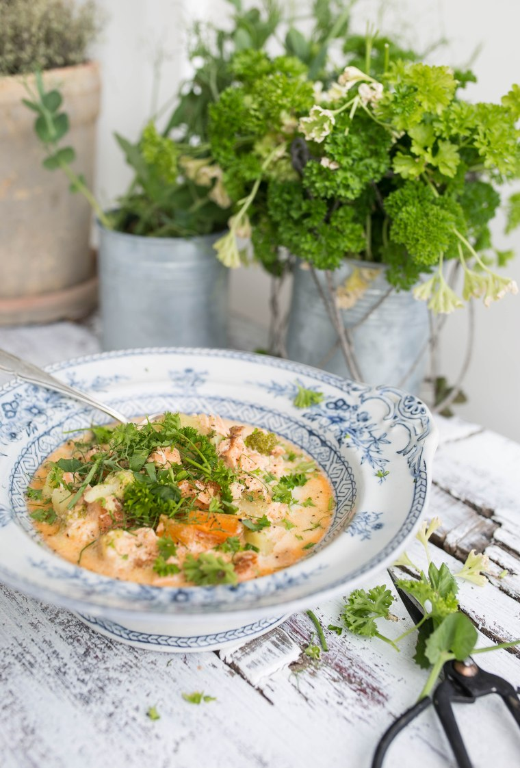 summer salmon soup1 (1 of 1)