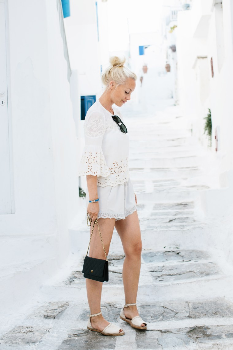 mykonos-white-blue1-1-of-1
