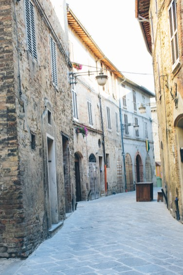 bevagna streets (1 of 1)