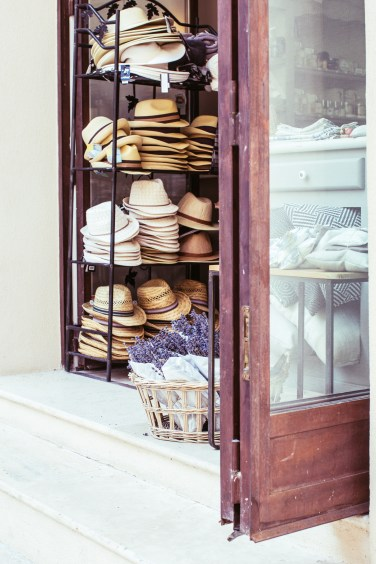 uzes hat store (1 of 1)