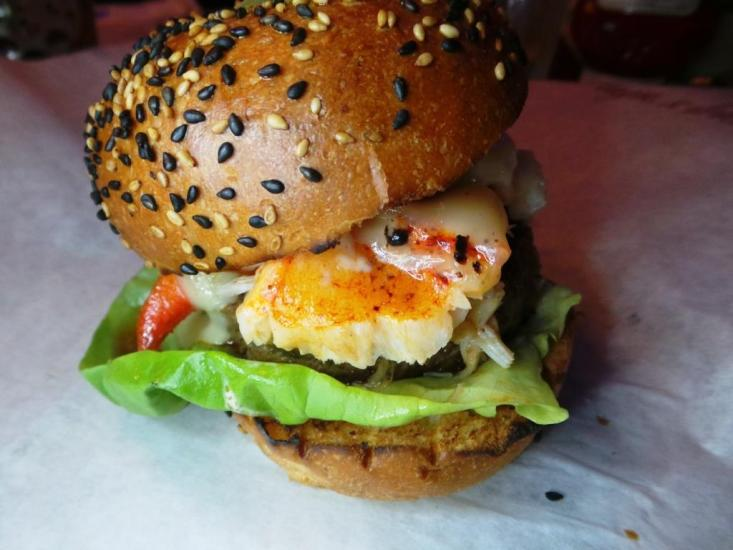 Burger and Lobster Bryant Park NYC xojohn (23)