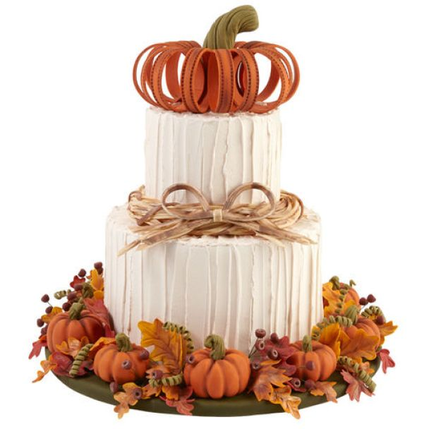 """""""welcome to autumn"""" Fall and autumn cakes for beginner bakers. 14 Amazing Fall Cakes That Look Almost Too Beautiful to Eat: Sweater weather is not complete without cake!!! Nothing is more beautiful and comforting than fall cakes! This guide is so so perfect for beginner bakers and newbie cake decorators. Pumpkin spice and apple pie in cakes in amazing! I love the fall rich colors! These cakes look too beautiful to eat but hey I'll be eating them! Definitely pinning for later!"""