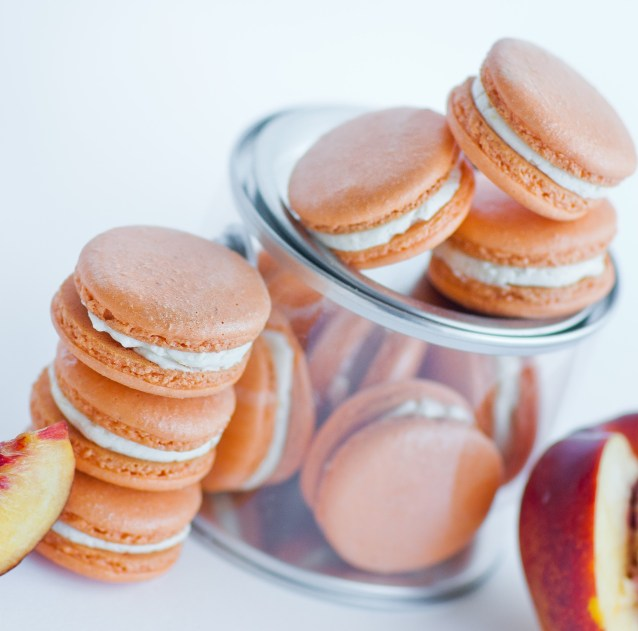 How to Make 10 Macaron Recipes: I never knew cranberry sauce is so easy to make! I love the whole berry sauce. This cranberry sauce is the perfect combination of tart & sweet! I will not miss the canned cranberry sauce this Thanksgiving thats for sure! Pinning for later!