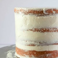 How to Fill, Stack and Crumb Coat a Layered Cake