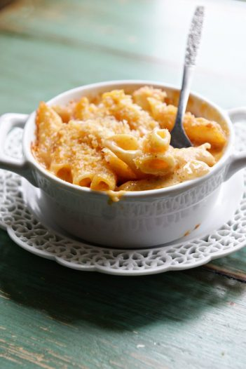 Crab Macaroni & Cheese | Easy Fancy Mac & Cheese Recipes