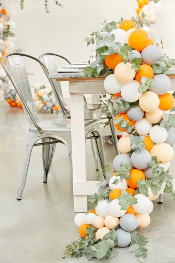 Rustic Modern Woodland Balloon Garland | How to Make Balloon Arch