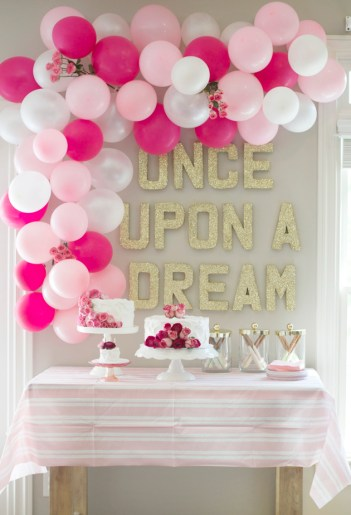 pink and white balloon arch | how to make a balloon garland