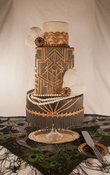 The Great Gatsby | 10 Book Lover Wedding Cake Ideas