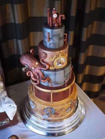 20,000 Leagues Under the Sea | 10 Book Lover Wedding Cake Ideas