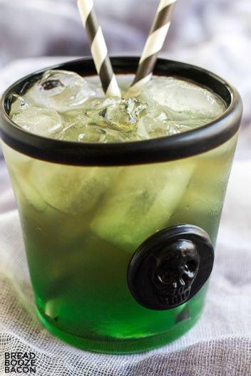 Beetlejuice Cocktails | Sppoky Halloween Cocktails