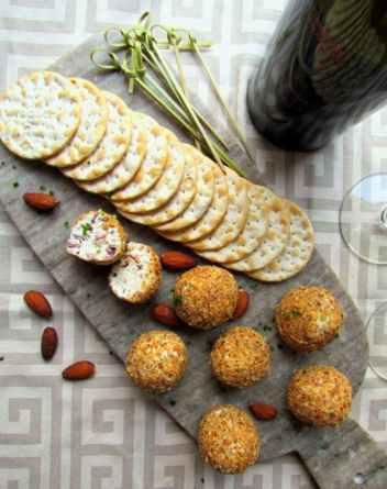 Goat Cheese Chive Bacon Balls | Keto Small Bites & Snack Recipes