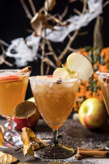 Haunted Orachard Cocktail | Spooky Halloween Cocktails