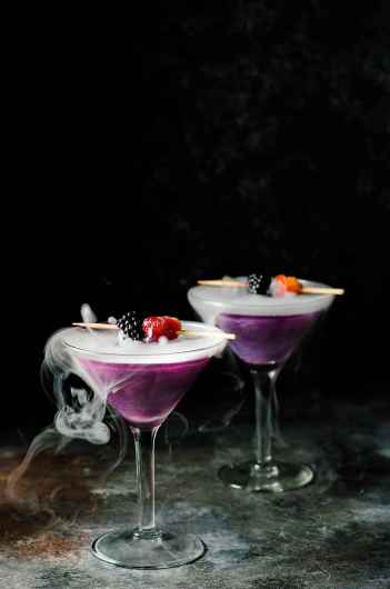 Witches Heart Cocktail | Spooky Halloween Cocktails