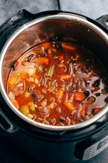 Instant Pot Beef Stew | 11 Instant Pot Comfort Food Recipes #instantpotrecipes #instantpotcomfortfood #fastcomfortfood