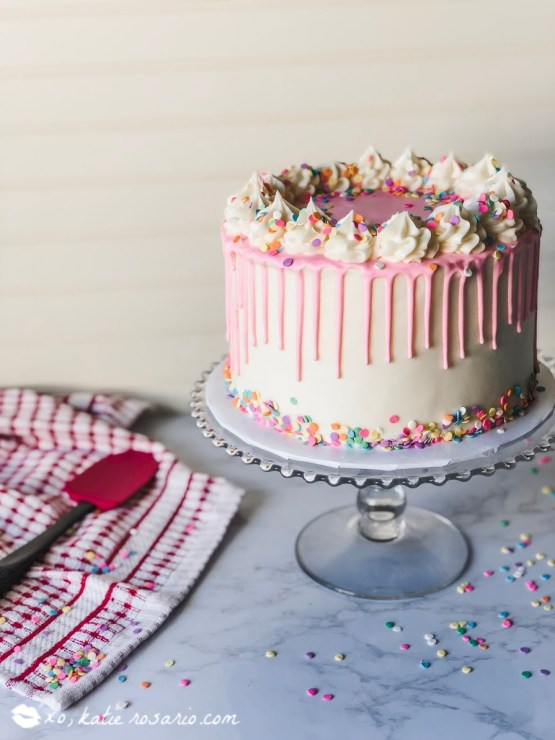 Making this foolproof funfetti birthday cake is like celebrating your birthday anytime you want! This foolproof funfetti birthday cake is a fun and festive cake that instantly transports you back to your childhood. Learn how to make this Foolproof Funfetti Birthday Cake that'll make you feel like it's your birthday every day! #xokatierosario #funfettibirthdaycake #birthdaycakerecipe #homemadefunfetticake
