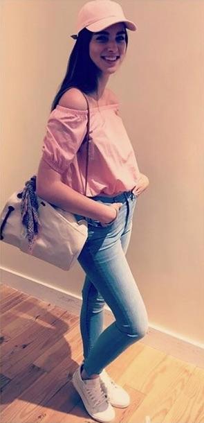 J pink