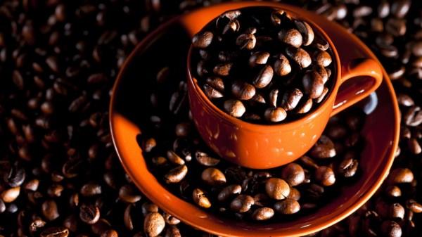 Картинки кофе скачать на рабочий стол, фото зерна