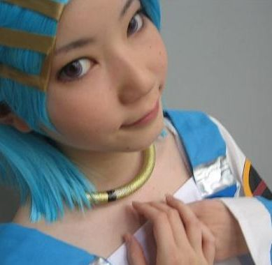 Japan's largest cosplay site now in English