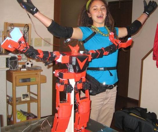 King Kizer robot uses Gundam technology