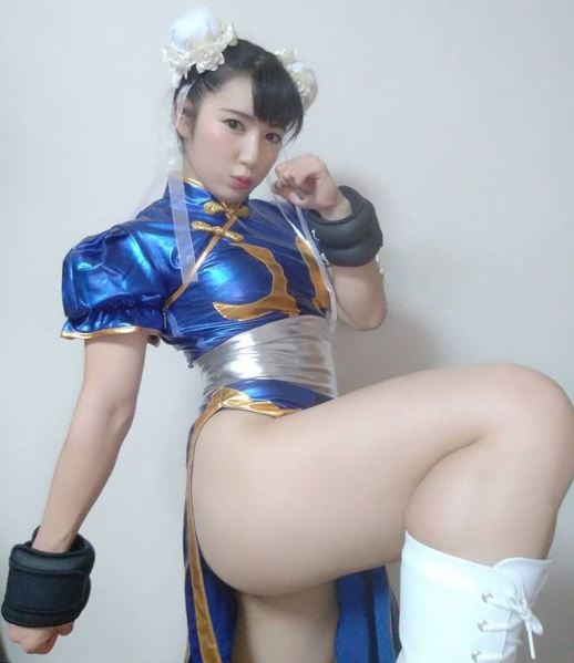 Reika Saiki with a Chun-Li cosplay outfit from Street Fighter