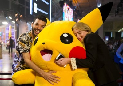 Detective Pikachu: Tim and Lucy