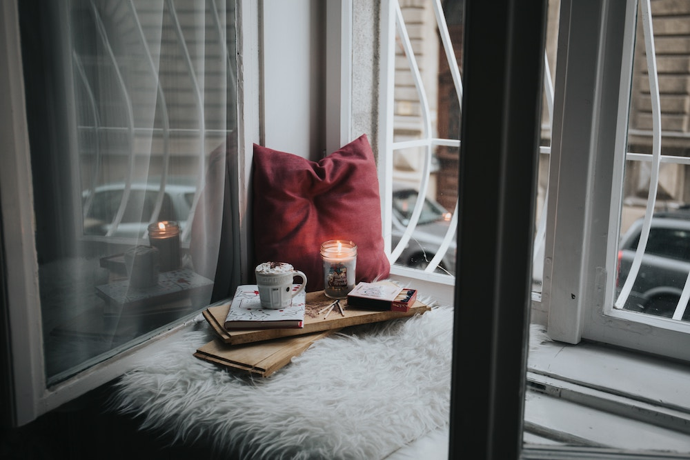 How to Create a Cozy Apartment | xoxojackie life + style blog Homey Room Designs Html on old rooms, historic rooms, earthy rooms, living room themes for rooms, colorful rooms, tranquil rooms, dude rooms, cheap rooms,
